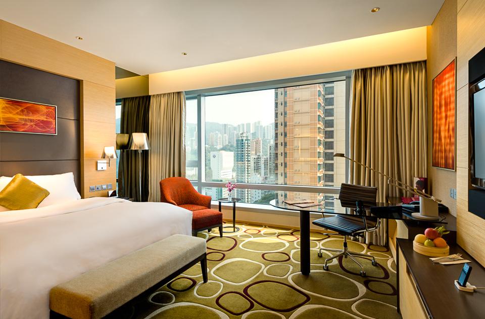 Guestroom - Crowne Plaza HKG